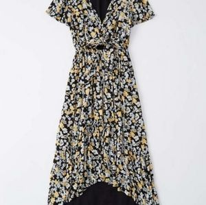 ABERCROMBIE & FITCH Black Flower High Low Dress